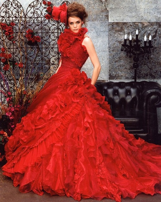 red_wedding_dress